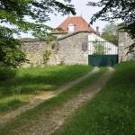 L'entrée du pavillon de Montfrault