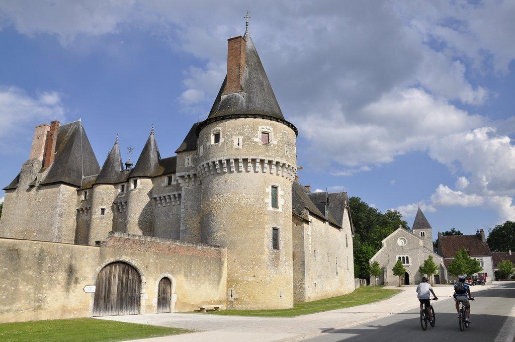 Le Château médiéval de Fougères-sur-Bièvre