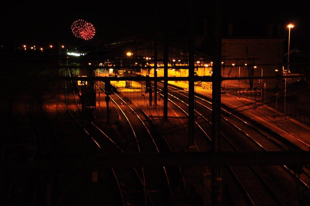 Feu d'artifice sur la gare
