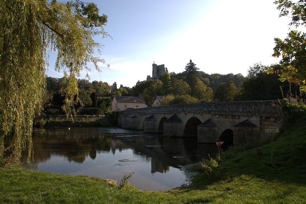 Pont sur le Loir à Lavardin
