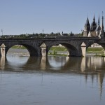 Pont Jacques Gabriel et église St Nicolas