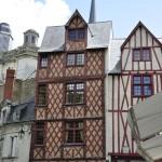 Maison à colombage place Saint-Pierre à Saumur