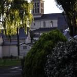 Église Saint-Mathurin de Saint-Mathurin-sur-Loire vue du camping